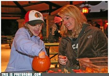 Photobomb-that-guy-die-pumpkin-die_display_image