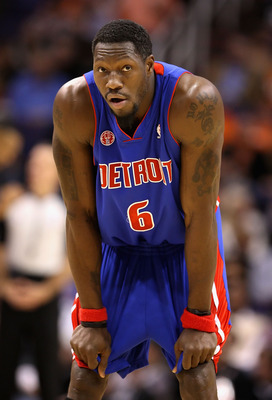 PHOENIX - NOVEMBER 22:  Ben Wallace #6 of the Detroit Pistons awaits a free throw shot during the NBA game against the Phoenix Suns at US Airways Center on November 22, 2009 in Phoenix, Arizona. The Suns defeated the Pistons 117-91.  NOTE TO USER: User ex