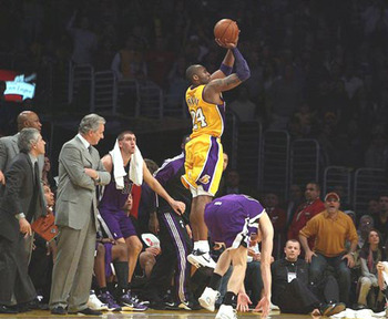 Kobe Bryant hitting a game-winning 3-pointer last season