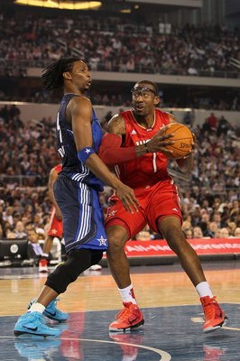 ARLINGTON, TX - FEBRUARY 14:  Amar'e Stoudemire #1 of the Western Conference looks to shoot against Chris Bosh #4 of the Eastern Conference during the NBA All-Star Game, part of 2010 NBA All-Star Weekend at Cowboys Stadium on February 14, 2010 in Arlingto