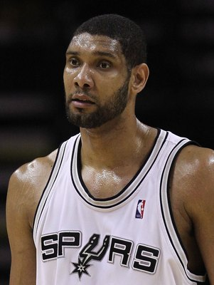 SAN ANTONIO - MAY 09:  Forward Tim Duncan #21 of the San Antonio Spurs in Game Four of the Western Conference Semifinals during the 2010 NBA Playoffs at AT&T Center on May 9, 2010 in San Antonio, Texas. NOTE TO USER: User expressly acknowledges and agrees