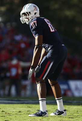TUCSON, AZ - OCTOBER 09:  Tight end Terrence Miller #87 of the Arizona Wildcats during the college football game against the Oregon State Beavers at Arizona Stadium on October 9, 2010 in Tucson, Arizona. The Beavers defeated the Wildcats 29-27.  (Photo by