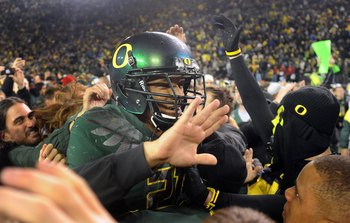 EUGENE, OR - OCTOBER 31: Running back LaMichael James #11 of the Oregon Ducks is carried off the field after the game against the USC Trojans at Autzen Stadium on October 31, 2009 in Eugene, Oregon. James ran for 183 yards and a score as Oregon defeated U