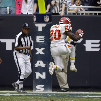 HOUSTON - OCTOBER 17:  Running back Thomas Jones #20 of the Kansas City Chiefs scores in the fourth quarter agasint the Houston Texans at Reliant Stadium on October 17, 2010 in Houston, Texas. Houston won 35-31.  (Photo by Bob Levey/Getty Images)