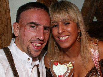 Franck-ribery-wife-wahiba_display_image