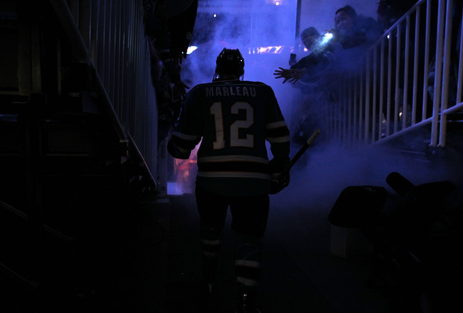 SAN JOSE, CA - DECEMBER 21:  Patrick Marleau #12 of the San Jose Sharks walks on to the ice for their game against the Edmonton Oilers at HP Pavilion on December 21, 2010 in San Jose, California.  (Photo by Ezra Shaw/Getty Images)