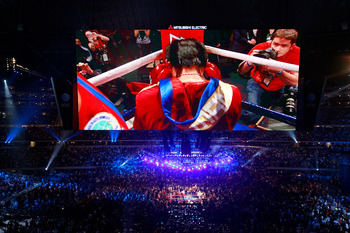 ARLINGTON, TX - MARCH 13:  Manny Pacquiao of the Philippines prays in the ring before taking on Joshua Clottey of Ghana during the WBO welterweight title fight at Cowboys Stadium on March 13, 2010 in Arlington, Texas.  (Photo by Tom Pennington/Getty Image
