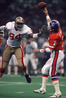 Charles Haley Made A Career Out Of Harassing Quarterbacks