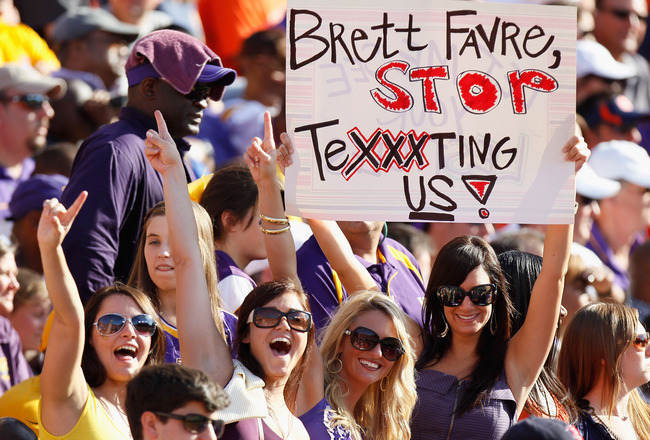 AUBURN, AL - OCTOBER 23:  Fans in the stands hold up a sign about quarterback Brett Favre #4 of the Minnesota Vikings during the game between the Auburn Tigers and the LSU Tigers at Jordan-Hare Stadium on October 23, 2010 in Auburn, Alabama.  (Photo by Ke