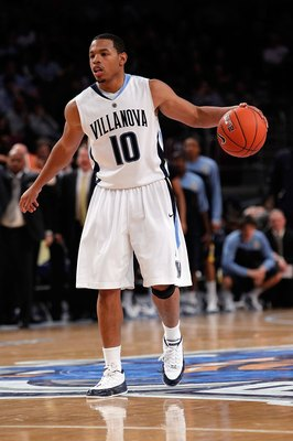 NEW YORK - MARCH 11:  Corey Fisher #10 of the Villanova Wildcats handles the ball against the Marquette Golden Eagles during the quarterfinal of the 2010 NCAA Big East Tournament at Madison Square Garden on March 11, 2010 in New York City.  (Photo by Mich