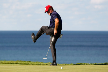 KOHLER, WI - AUGUST 15:  Steve Elkington of Australia reacts on the 16th hole during the final round of the 92nd PGA Championship on the Straits Course at Whistling Straits on August 15, 2010 in Kohler, Wisconsin.  (Photo by Chris Graythen/Getty Images)