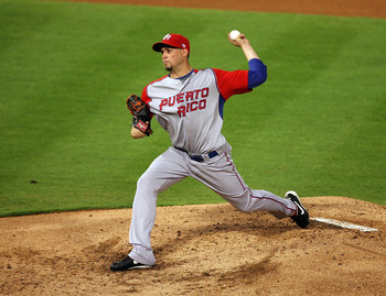 Sanchez pitches for Puerto Rico in the 2009 World Baseball Classic