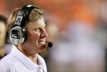 AUBURN, AL - SEPTEMBER 25:  Head coach Steve Spurrier of the South Carolina Gamecocks against the Auburn Tigers at Jordan-Hare Stadium on September 25, 2010 in Auburn, Alabama.  (Photo by Kevin C. Cox/Getty Images)