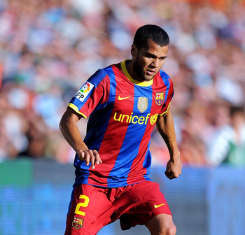 SANTANDER, SPAIN - AUGUST 29: Dani Alves of Barcelona controls the ball during the La Liga match between Racing Santander and Barcelona at El Sardinero stadium on August 29, 2010 in Santander, Spain.  (Photo by Denis Doyle/Getty Images)
