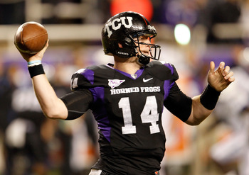 FORT WORTH, TX - OCTOBER 23:  Quarterback Andy Dalton #14 of the TCU Horned Frogs passes the ball against the Air Force Falcons at Amon G. Carter Stadium on October 23, 2010 in Fort Worth, Texas.  (Photo by Tom Pennington/Getty Images)
