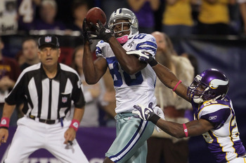 MINNEAPOLIS - OCTOBER 17:  Wide receiver Dez Bryant #88 of the Dallas Cowboys catches a pass for a touchdown as Lito Sheppard #29 of the Minnesota Vikings misses the tackle during the fourth quarter at Mall of America Field on October 17, 2010 in Minneapo