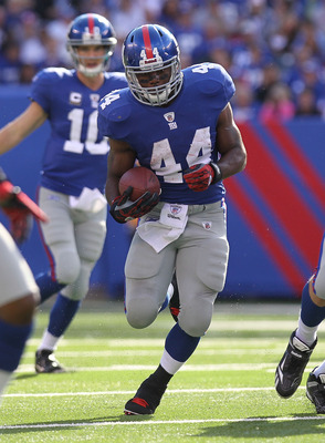 EAST RUTHERFORD, NJ - OCTOBER 17:  Ahmad Bradshaw #44 of the New York Giants against the Detroit Lions at New Meadowlands Stadium on October 17, 2010 in East Rutherford, New Jersey.  (Photo by Nick Laham/Getty Images)