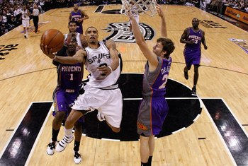 SAN ANTONIO - MAY 09:  Guard George Hill #3 of the San Antonio Spurs in Game Four of the Western Conference Semifinals during the 2010 NBA Playoffs at AT&T Center on May 9, 2010 in San Antonio, Texas. NOTE TO USER: User expressly acknowledges and agrees t