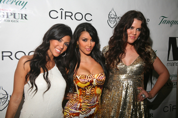 Kardashian-sisters4_display_image