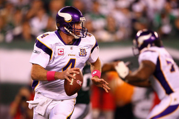 EAST RUTHERFORD, NJ - OCTOBER 11:  Brett Favre #4 of the Minnesota Vikings looks to pass against the New York Jets at New Meadowlands Stadium on October 11, 2010 in East Rutherford, New Jersey.  (Photo by Andrew Burton/Getty Images)