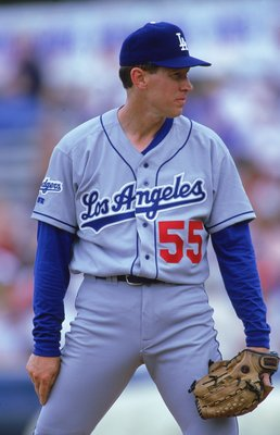 4 Mar 2000: Orel Hershiser #55 of the Los Angeles Dodgers waits to pitch the ball during the Spring Training Game against the New York Mets in Port St. Lucie, Florida. The Mets defeated the Dodgers 7-3.