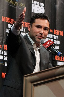 LAS VEGAS - NOVEMBER 14:  Promoter Oscar De La Hoya of Golden Boy Promotions speaks during a news conference at the Mandalay Bay Hotel & Casino on November 14, 2009 in Las Vegas, Nevada. Boxers Shane Mosley and Andre Berto announced today they will meet i