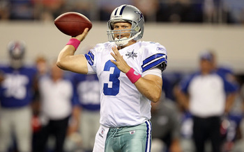ARLINGTON, TX - OCTOBER 25:  Quarterback Jon Kitna #3 of the Dallas Cowboys drops back to pass against the New York Giants in the second quarter at Cowboys Stadium on October 25, 2010 in Arlington, Texas.  (Photo by Ronald Martinez/Getty Images)