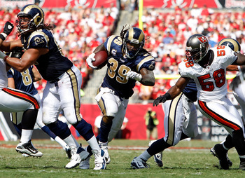 TAMPA, FL - OCTOBER 24:  Running back Steven Jackson #39 of the St. Louis Rams runs the ball against the Tampa Bay Buccaneers during the game at Raymond James Stadium on October 24, 2010 in Tampa, Florida.  (Photo by J. Meric/Getty Images)