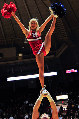 Ole_miss_cheerleaders_6_display_image