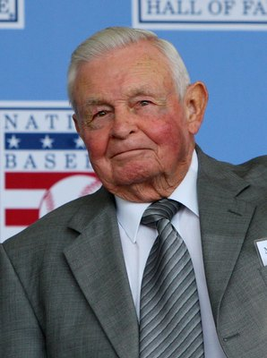 COOPERSTOWN, NY - JULY 26:  Hall of Fame manager Earl Weaver looks on at Clark Sports Center during the 2009  Baseball Hall of Fame induction ceremony on July 26, 2009 in Cooperstown, New York.  (Photo by Jim McIsaac/Getty Images)