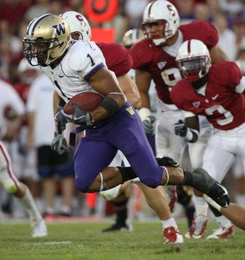 PALO ALTO, CA - SEPTEMBER 26:  Chris Polk #1 of the Washington Huskies runs against the Stanford Cardinal at Stanford Stadium on September 26, 2009 in Palo Alto, California.  (Photo by Jed Jacobsohn/Getty Images)