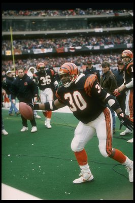 8 Jan 1989: Running back Ickey Woods of the Cincinnati Bengals celebrates during a playoff game against the Buffalo Bills at Riverfront Stadium in Cincinnati, Ohio. The Bengals won the game, 21-10.