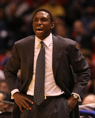 EAST RUTHERFORD, NJ - FEBRUARY 10:  Head coach Avery Johnson of  the Dallas Mavericks shouts instructions during their game against the New Jersey Nets at the Izod Center February 10, 2008 in East Rutherford, New Jersey.  NOTE TO USER: User expressly ackn