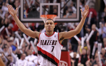 PORTLAND, OR - OCTOBER 26:  Brandon Roy #7 of the Portland Trail Blazers reacts to a shot against the Phoenix Suns on October 26, 2010 at the Rose Garden in Portland, Oregon.  NOTE TO USER: User expressly acknowledges and agrees that, by downloading and o