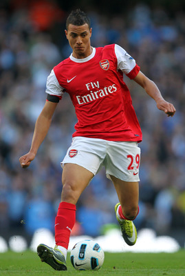MANCHESTER, ENGLAND - OCTOBER 24: Marouane Chamakh of Arsenal in action during the Barclays Premier League match between Manchester City and Arsenal at City of Manchester Stadium on October 24, 2010 in Manchester, England.  (Photo by Clive Rose/Getty Imag