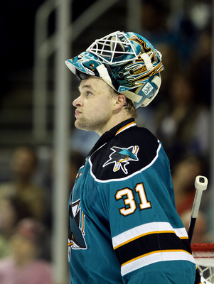 SAN JOSE, CA - SEPTEMBER 24:  Antti Niemi #31 of the San Jose Sharks in action during their preseason game against the Anaheim Ducks at HP Pavilion on September 24, 2010 in San Jose, California.  (Photo by Ezra Shaw/Getty Images)
