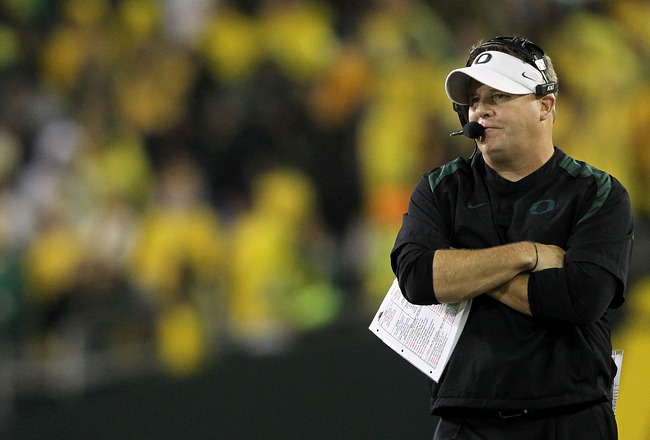 EUGENE, OR - OCTOBER 21:  Head Coach Chip Kelly of the Oregon Ducks watches the game against  the UCLA Bruins  on October 21, 2010 at the Autzen Stadium in Eugene, Oregon.  (Photo by Jonathan Ferrey/Getty Images)