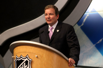 MONTREAL, QC - JUNE 26:  Executive Vice President and General Manager Ray Shero of the Pittsburgh Penguins speaks at the podium during the first round of the 2009 NHL Entry Draft at the Bell Centre on June 26, 2009 in Montreal, Quebec, Canada.  (Photo by