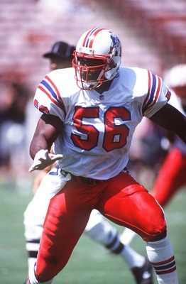 13 SEP 1992:  ANDRE TIPPETT OF THE NEW ENGLAND PATRIOTS IN ACTION AGAINST THE LOS ANGELES RAMS AT ANAHEIM. Mandatory Credit: Ken Levine/ALLSPORT