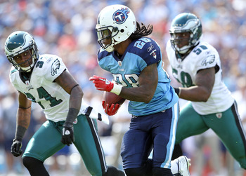 NASHVILLE, TN - OCTOBER 24:  Chris Johnson #28 of the Tennessee Titans runs with the ball during the NFL game against the Philadelphia Eagles at LP Field on October 24, 2010 in Nashville, Tennessee. The Titans won 37-19.  (Photo by Andy Lyons/Getty Images