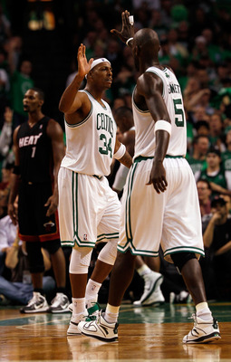 BOSTON, MA - OCTOBER 26:  Paul Pierce #34 of the Boston Celtics celebrates with teammate Kevin Garnett #5 during a game against the Miami Heat at the TD Banknorth Garden on October 26, 2010 in Boston, Massachusetts. NOTE TO USER: User expressly acknowledg