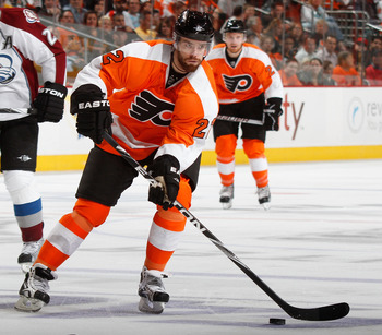 PHILADELPHIA - OCTOBER 11:  Ville Leino #22 of the Philadelphia Flyers skates in a hockey game against the Colorado Avalanche at the Wells Fargo Center on October 11, 2010 in Philadelphia, Pennsylvania.  (Photo by Paul Bereswill/Getty Images)