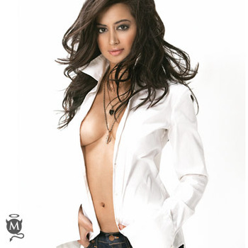Noureen-dewulf_maxim_display_image