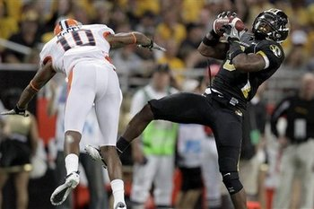 Missouri_tigers_jasper_simmons_interception_display_image