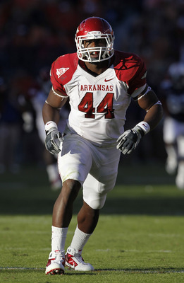 AUBURN - OCTOBER 16:  Fullback Van Stumon #44 of the Arkansas Razorbacks gets set for a special teams play during the game against the Auburn Tigers at Jordan-Hare Stadium on October 16, 2010 in Auburn, Alabama.  (Photo by Mike Zarrilli/Getty Images)