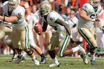 AUSTIN, TX - NOVEMBER 8:  Quarterback Robert Griffin #10 of the Baylor Bears runs the ball during the game against the Texas Longhorns on November 8, 2008 at Darrell K Royal-Texas Memorial Stadium in Austin, Texas.  Texas won 45-21. (Photo by Brian Bahr/G