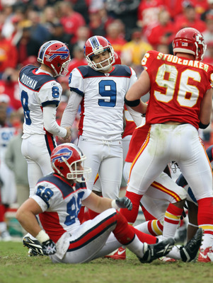 KANSAS CITY, MO - OCTOBER 31:  Kicker Rian Lindell #9 of the Buffalo Bills reacts after missing a field goal ion overtime during the game against the Kansas City Chiefs on October 31, 2010  at Arrowhead Stadium in Kansas City, Missouri.  (Photo by Jamie S