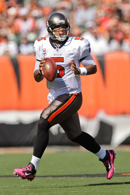 CINCINNATI, OH - OCTOBER 10: Quarterback Josh Freeman #5 of the Tampa Bay Buccaneers rolls out against the Cincinnati Bengals at Paul Brown Stadium on October 10, 2010 in Cincinnati, Ohio. (Photo by Jamie Sabau/Getty Images)