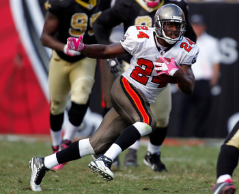 TAMPA, FL - OCTOBER 17:  Running back Carnell Williams #24 of the Tampa Bay Buccaneers runs the ball against the New Orleans Saints during the game at Raymond James Stadium on October 17, 2010 in Tampa, Florida.  (Photo by J. Meric/Getty Images)