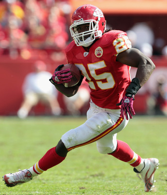 KANSAS CITY, MO - OCTOBER 24:  Jamaal Charles #25 of the Kansas City Chiefs in action during the game against the Jacksonville Jaguars on October 24, 2010 at Arrowhead Stadium in Kansas City, Missouri.  (Photo by Jamie Squire/Getty Images)
